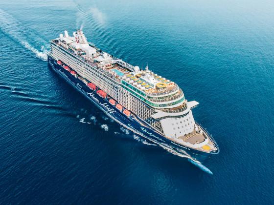 Mein Schiff 6 auf See