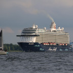 Auslaufen der Mein Schiff 6 aus dem Kieler Hafen am 11.06.2021